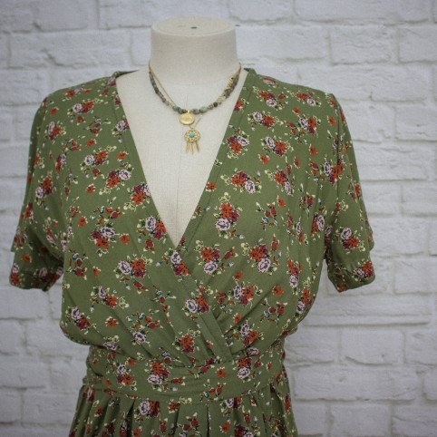 Vestido Semicruzado Rosas - Caqui