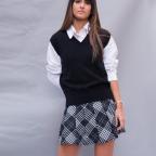 Chaleco liso corto- Negro